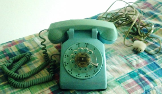 Retro Rotary Dial Bell Telephone adds a functional vintage touch to your office or home