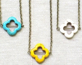 Flower Clover Necklace in Your Choice of Stone Color on Antique Bronze Chain, Turquoise, Yellow, White, Simple, Pendant, Summer, Bohemian