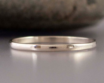 Platinum Wedding Band - Thin 1.5mm half round ring