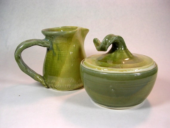 Creamer and sugar bowl pitcher set light green glaze