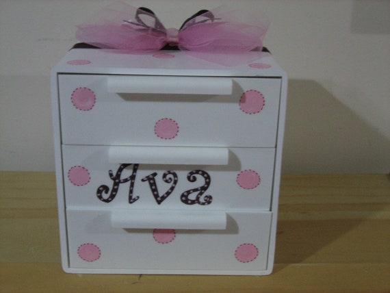 Personalized Jewelry Box-  Polka dots.-Flower Girl , Birthday ,Communion , Christening, Newborn Gift
