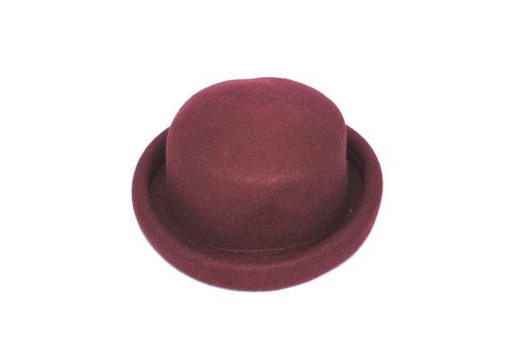 90s Grunge Cranberry Round Brim Hat