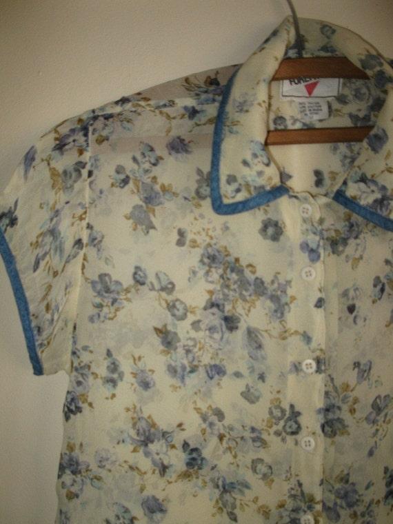 Grunge prairie sheer beige blue button up floral hippie top