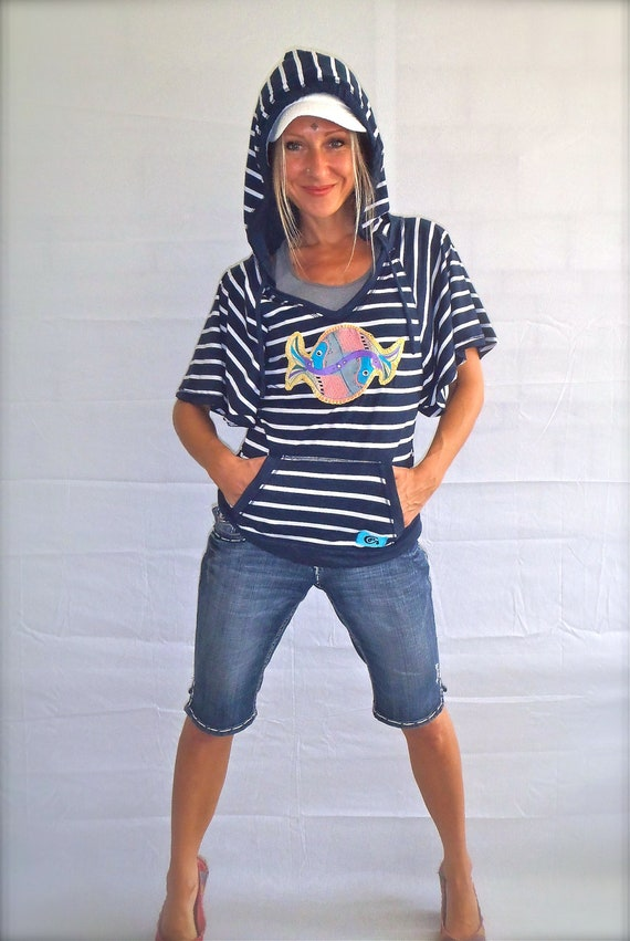 size L BEACH HOODIE striped Navy hooded shirt FISH applique embroidery hand painted unique Hippie bohemian