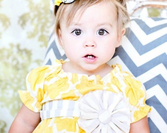 Wings of a Wagtail-  grey and yellow chiffon and rosette headband