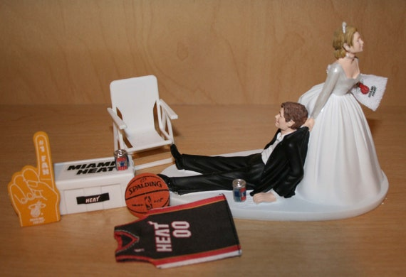 items similar to miami heat basketball wedding cake topper groom bride jersey last one on etsy. Black Bedroom Furniture Sets. Home Design Ideas
