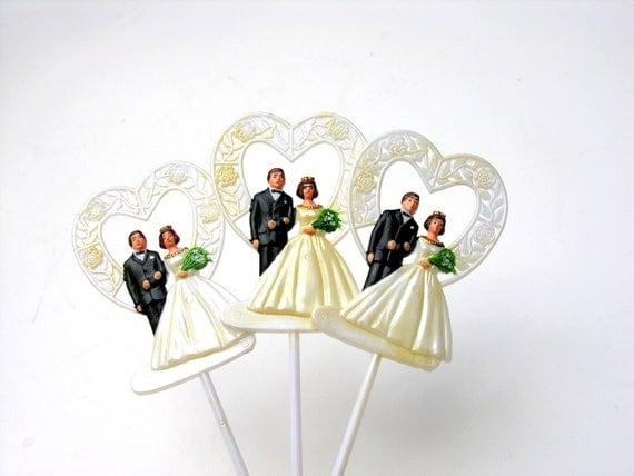 Vintage Cake Cupcake Picks Wedding Hearts Bride Groom White Lace