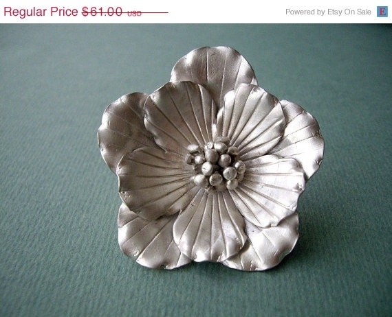 ON SALE Sterling Silver Wild Flower Brooch