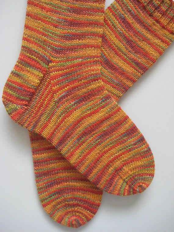 hand knit mens wool socks, UK 8-10 US 9-11