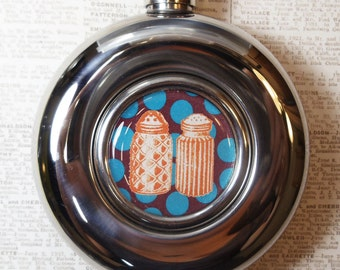 Salt and pepper flask
