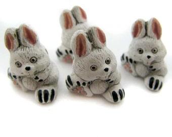 10 Large Cute Bunny Beads - LG333