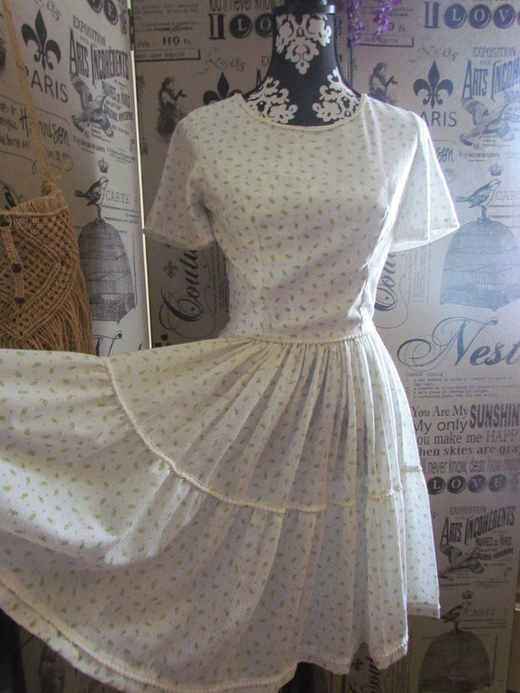 Sweet Prissy Dolly Full circle Swing Square dance Dotted Swiss Dress