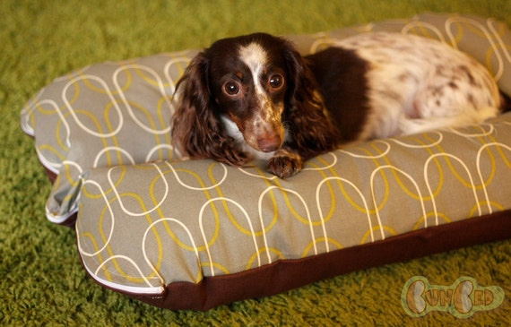 Deluxe Bunbed Dog bed for Dachshunds and other small dogs - Gray Mod Shapes