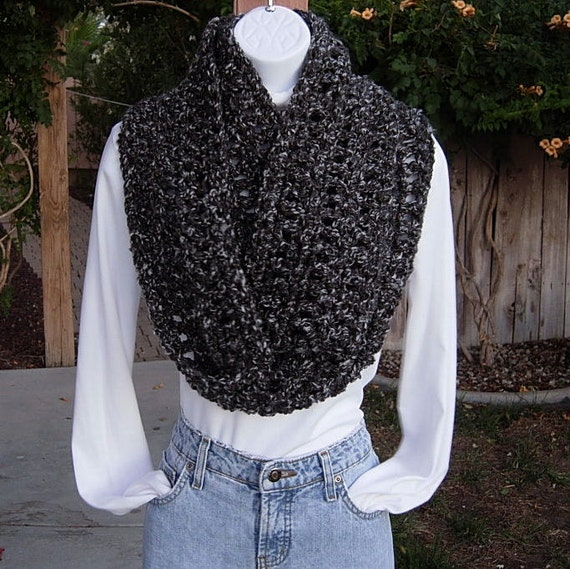 INFINITY LOOP SCARF..Charcoal Grey Gray Tweed Multicolor..Super-Soft Long Crochet Knit Winter Bulky Chunky Cowl..Ready to Ship in 3 Days
