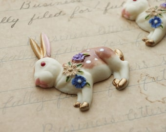 3pcs big rabbits with little flowers