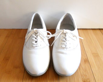 Vintage 1980s White Leather Lace Up Oxfords Sz 7 B