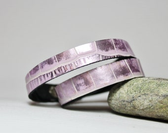 Metallic Lavender  Crocodile Pattern Leather Narrow Double  Wrap  Bracelet