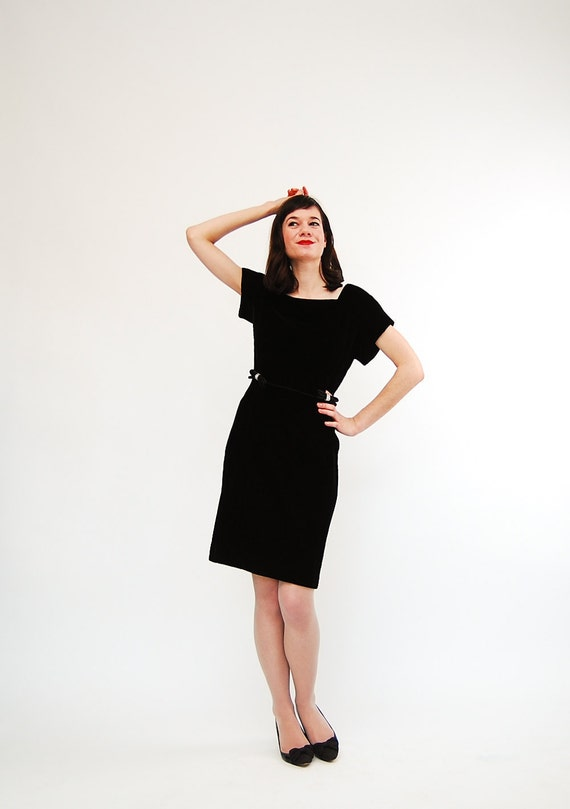 Vintage 1960s Cocktail Dress - 60s LBD - Black Velvet