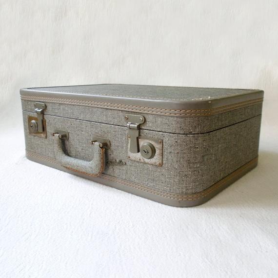 Vintage Rare Travella Suitcase Luggage Mini Carry On Train Case