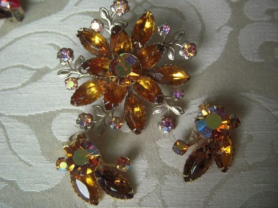 Vintage Signed Beau Jewels Honey Amber Rhinestone Brooch and Earrings Set