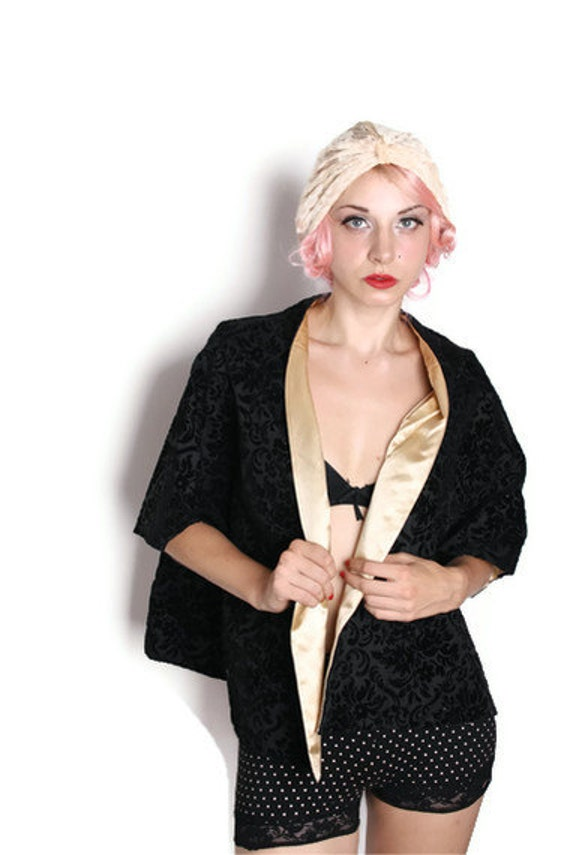 1950s Cocktail Jacket / Black Velvet B/ Gold Satin / Reversible / Brocade / Jacquard  / Kimono /  Bolero / Opera Coat  / Demask / 1225