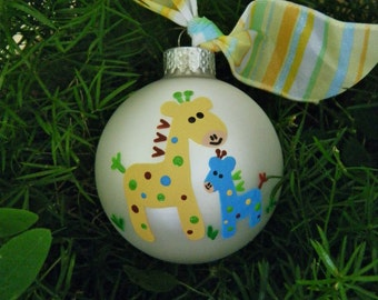 Big Brother or Big Sister Giraffe Ornament  -  Personalized Glass Ball Christmas Ornament - Hand Painted, Baby's Birth, Giraffe Nursery