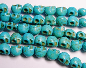 Howlite skull blue  - 13mm  -1 full strand - 30 beads