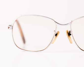 Vintage Glasses, Metal Frame w/Slightly Tinted Big Lenses