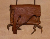 Kiwi- This Wisdom Pouch represents the energy of the Kiwi Bird and is made out of Brown Deer skin leather
