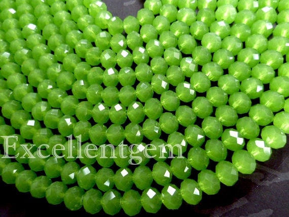 72pcs faceted crystal roundel in green color - 8x6mm
