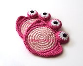Sweet Pink Frog Crochet Coaster . Valentine Gift Nursery Decoration Beverage Drink Tea Coffee Pastel Decor Crochet Cute  - Set of 2
