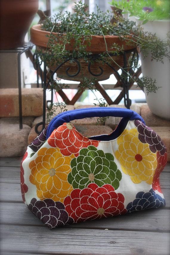 GD/BL286 The Spring Handle Bag Chrysanthemums Pattern