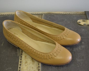 Vintage Thom McAn Shoes / Brown Woven Flats / Leather Flats / Brown Flats / 8 8.5