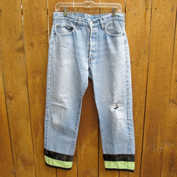 vintage levi's button-fly boyfriend jeans - distressed - 30 inch waist