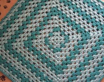Crocheted Pet Blanket - Multicolor Teal