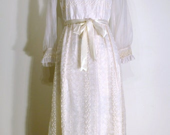 Vintage 1950s Dress - 50s Evening Gown - White Floral Eyelet