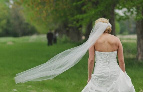 Single tier classic, simple veil, elegant plain chapel veil, wedding veil, cathedral veil, floor length veil, waltz length veil bridal veil