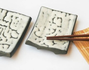 2 x small serve Sushi plates - black and white