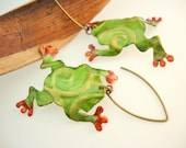 Tree Frog Earrings Upcycled Aluminum Can