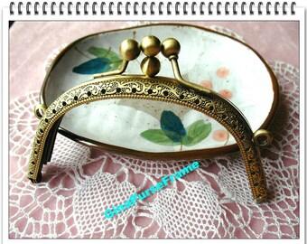 11cm (4 1/2inch) double-clip embossed metal purse frame (antique brass color)-1piece