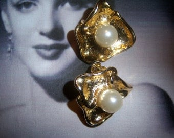 Gold Tone and Pearl Earrings