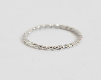 thin twisted ring-free shipping