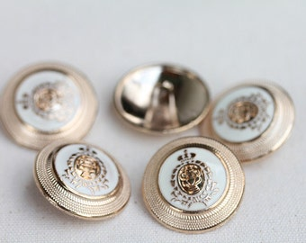 5PCS.Golden crown metal shield.
