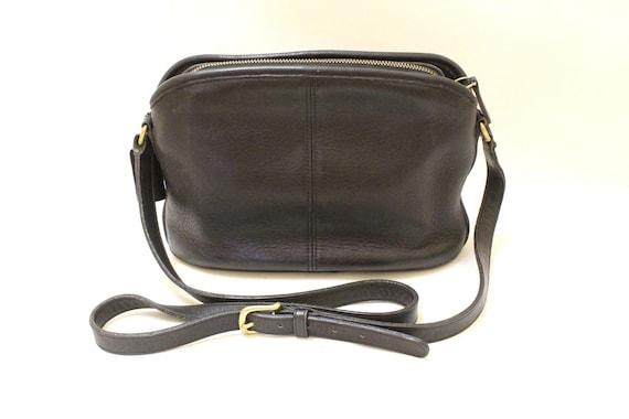 Vintage Coach Black Color Leather Purse Cross Body Shoulder Bag / Coach 9976