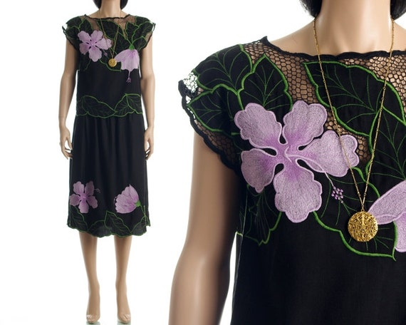 Vintage 80s Cutwork Top - Black Floral Crochet Embroidered Mesh Blouse - XS / S / M