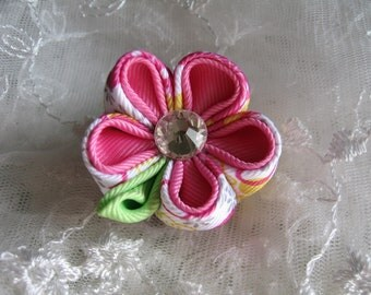 Kanzashi Flower Hair Clip Solid Pink and Pink Floral Pink Color Combination