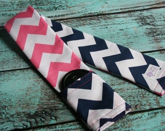 Reversible Camera Strap Cover with Lens Cap Pocket - Photographer Gift - Riley Blake Pink and Navy Blue Chevron - Designer Fabric