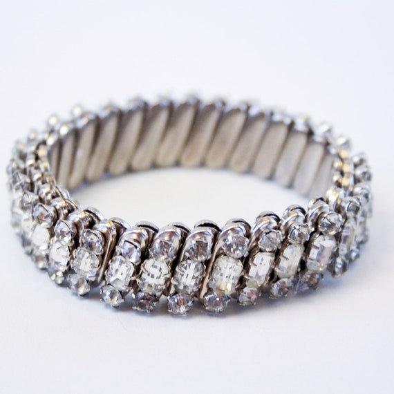 Vintage Rhinestone Stretch Bracelet - 1960s - Japan - Expansion bracelet