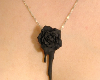 Bleeding Heart Rose (black)