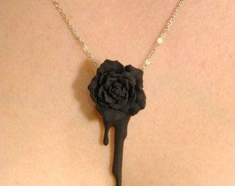 Bleeding Heart Rose (black)